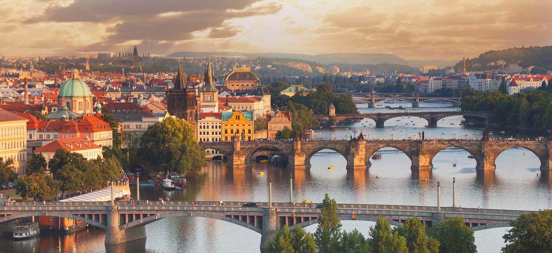 Автобусные туры в Прагу из Минска. Автобусные туры в Чехию из Минска