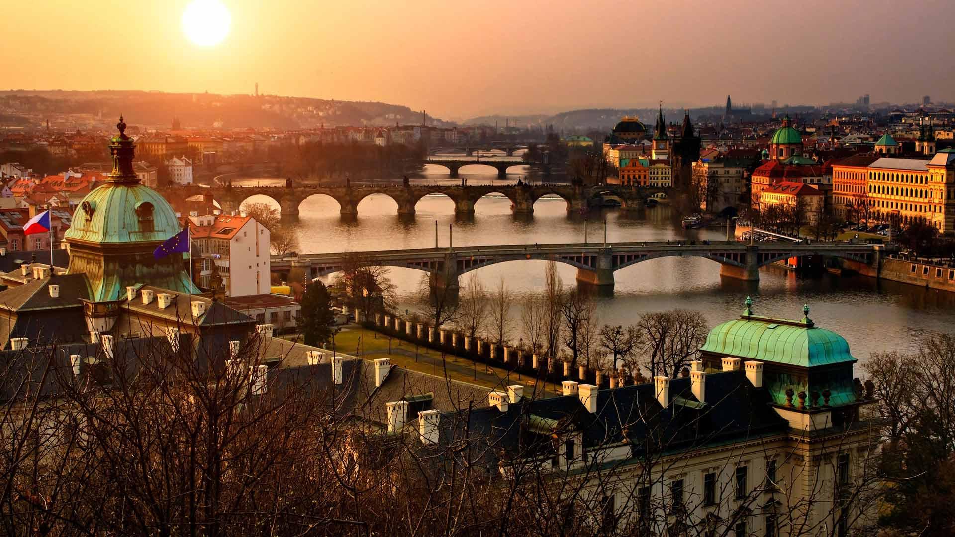 Автобусный тур в Прагу и Чехию из Минска по доступной цене