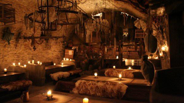 Экскурсии Средневековое шоу в корчме у Паука