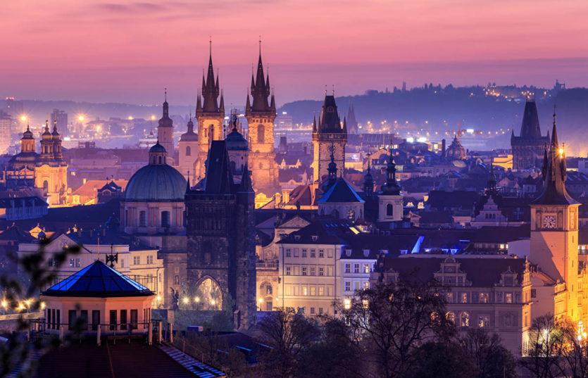 Панорама вечерней Праги