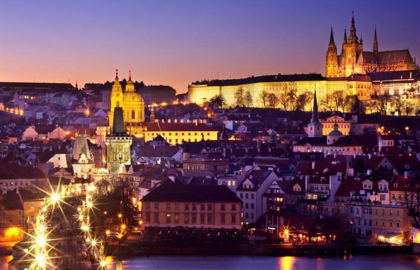 Автобусный тур в Чехию из Минска Новый Год в Праге